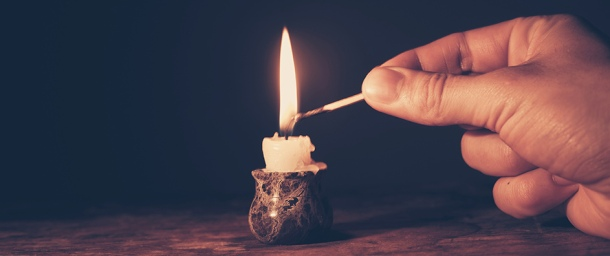 Light-a-candle.jpg